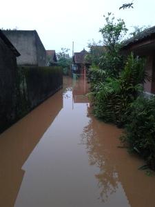 Banjir di daerah rumah ortu
